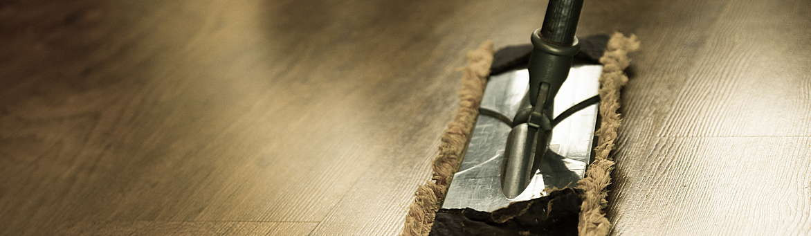 Dřevěné a laminátové podlahy